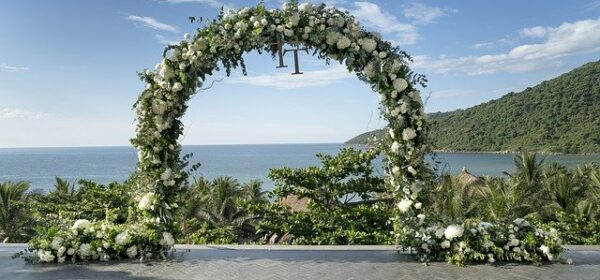 What Is a Destination Wedding?