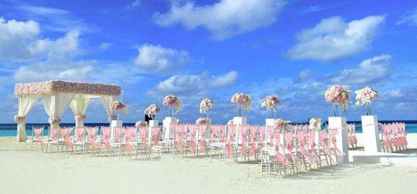 Destination Wedding Attire – Ideas To Make Your Dream Wedding Happen At A Resort